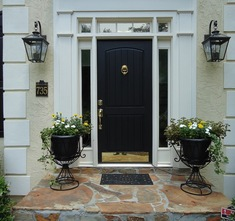 Dutch/Stable door found on Houzz.